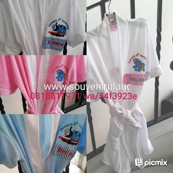 Kimono bordir aplikasi 2