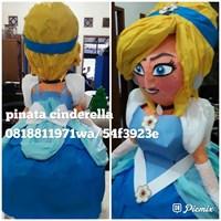 Pinata Cinderella 3D 1