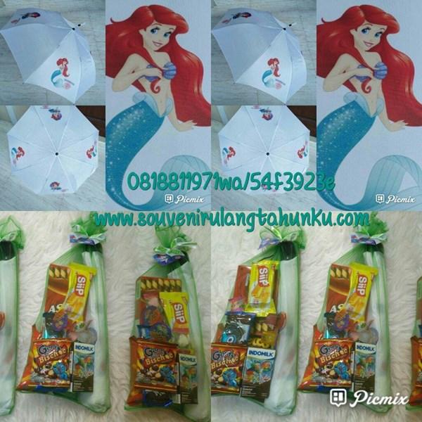 Payung Lipat 4 Sisi dan Paket Snack Tema Mermaid