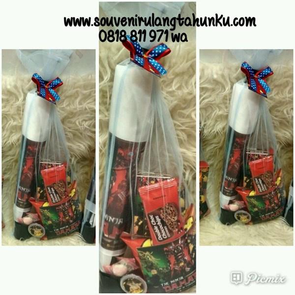 Souvenir Payung Panjang dan Snack 5 Macam Tema Ninja Go