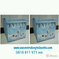 Souvenir Toy Box Uk 20x20 Tema Frozen dengan Plastik