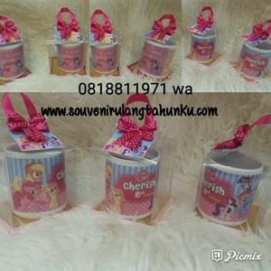 Souvenir Mug Printing dan Mika Box Tema Little Ponny