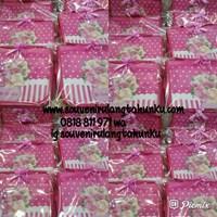 Jual Souvenir Tas Toiletries Custom Pink 2