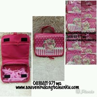 Souvenir Tas Toiletries Custom Pink