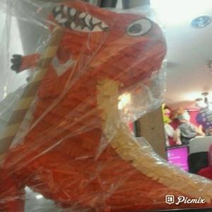 Souvenir Pinata T-Rex 2D