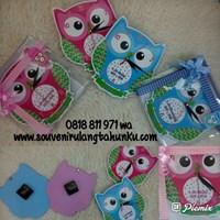 Souvenir Jam Dinding Owl dengan Nama Per Anak