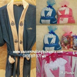 Paket Souvenir Kimono Bordir Snack dan Tas Mika