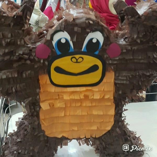 Souvenir Pinata Monkey