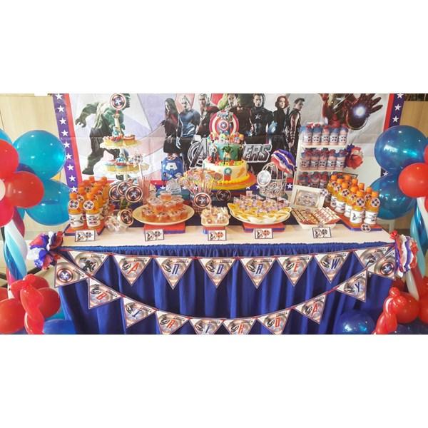 mis Captain amerika desert table /captain amerika party