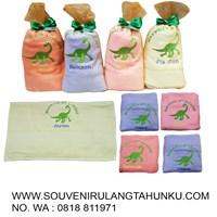 Souvenir handuk bordir anak