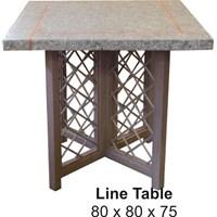 Toro Line Table
