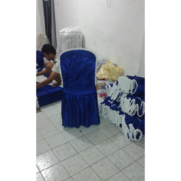 Model -model sarung kursi plastik