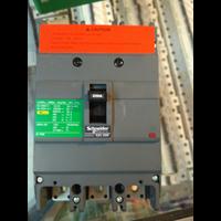 Dari NFB / No Fuse Circuit Breaker 0