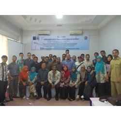 "Pelatihan "" Tehnik Memulai Ekspor"" Di Yogyakarta"