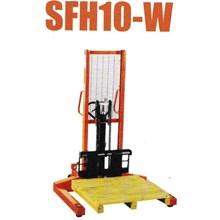 Hydraulic Stacker Semi-electric