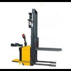 Semi-electric Stacker Merk AMJLift 3