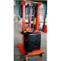 Electric Stacker for Pallet with Battery.