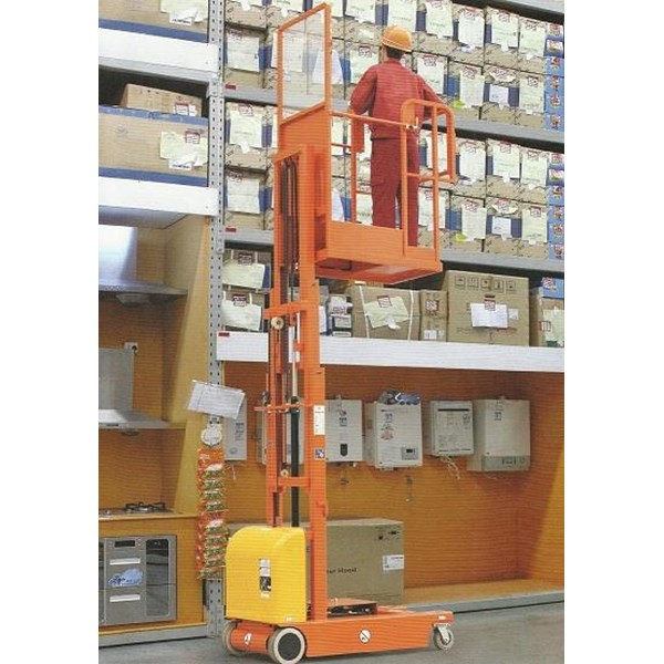Electric Aerial Order Picker with battery