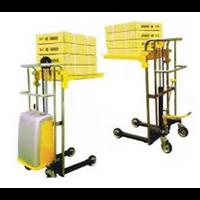 Distributor Stackers Platform Hidrolik Manual. 3