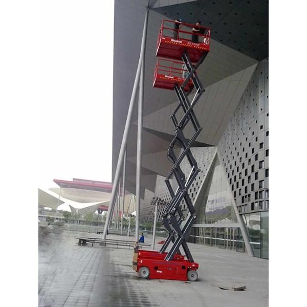 sewa scissor lift By PT. Catur Sigma Sinergi