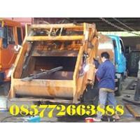 Menerima Jasa Perbaikan Rekondisi Service Compactor Sampah