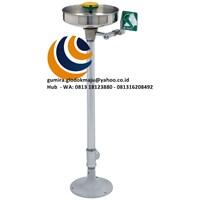 AXION® MSR Pedestal Mount Eye/Face Wash Model: 7361-7461 1