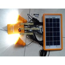 Solarland Lampu Panel Surya 2 Lampu With Charger Cell Phone