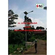 Lampu Jalan Tenaga Matahari 20Watt
