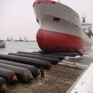 Bantalan peluncur kapal