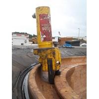 Jual OTR GIANT TIRE BEAD BREAKER MODEL 11030 - AME INTL 2