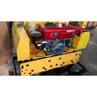 Beli Mesin Pemadat Tanah Vibratory Roller Dynamic RS600D 4