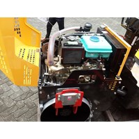 Mesin Pemadat Tanah Vibratory Roller Furd FYL880D Murah 5