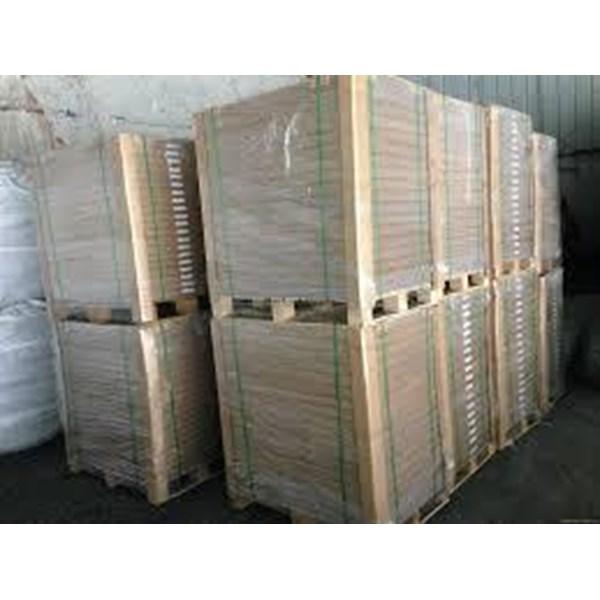 kertas ivory VA 230gsm ( bukan art karton ) lebih kaku dan food grade