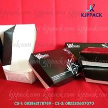 Lunch Box Food Grade atau kotak makanan dari kertas tahan air berbahan food grade