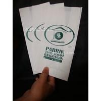 Paper Bag Sablon 1 warna tinggi 24 cm Cs4