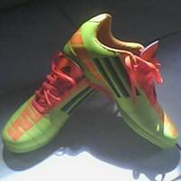 Jual Sepatu Futsal Murah Meriah