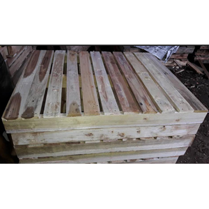 Medium Two Way Entry Pallets
