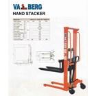 Hand Stacker Manual 1