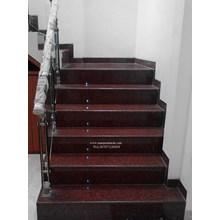 Tangga Granit Merah Polos Import Ex.India (T6)