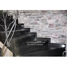 Tangga Granit Abu Import (T7)