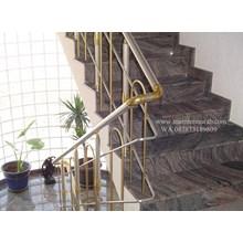 Tangga Granit Ungu Import (T16)