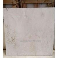 Beli Marmer Ujung Pandang Uk 10X60-15x30-20x30-30x30-40x40-30x60-40x60-60x60 Cm Marmer Makasar Cream Light Marmer Lokal 4