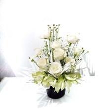 Dekorasi Bunga Meja 13