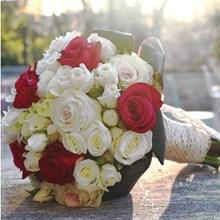 Dekorasi Bunga Pernikahan 05