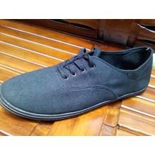 Sepatu Casual Hitam Size 12 Australia (Nov.15.54)