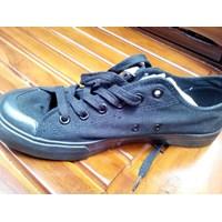 Jual Sepatu Casual Hitam Airwalk Size 42 (Feb.17.136)