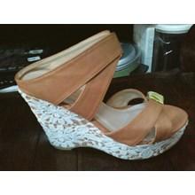 Sepatu Casual Wedges Studio (Mar.17.100)