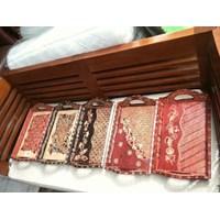 Kerajinan Kayu Nampan Batik