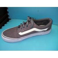 Jual Sepatu Casual Vans Size 42