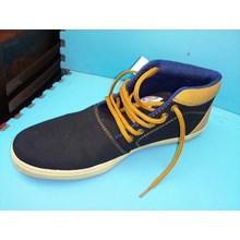 Sepatu Casual Converse AllStar Size 41